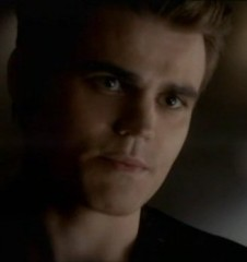 The Vampire Diaries S4x09 - Stefan goes to see Klaus