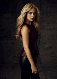 Click to visit and follow Claire Holt on Twitter!