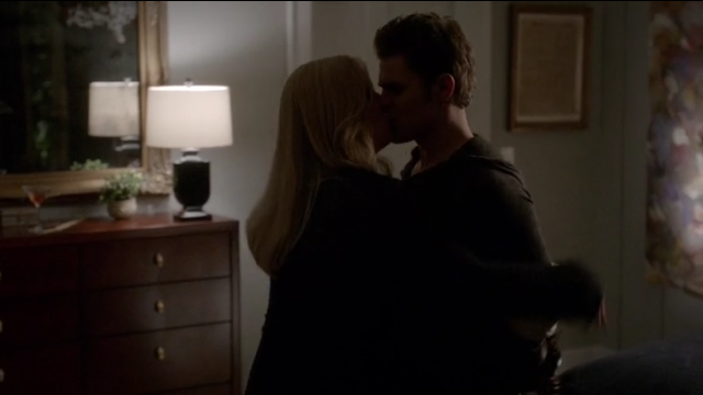 The Vampire Diaries S4x11 - Finale, Rebekah and Stefan end up having sex