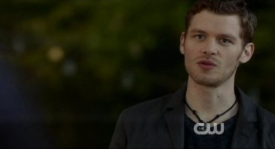The Vampire Diaries S4x10 - Klaus shows up at the lake house