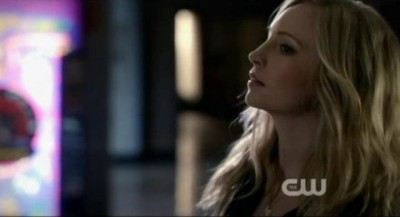 The Vampire Diaries S4x10 - Poor Caroline is being stalked by Rebekah