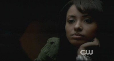 The Vampire Diaries S4x12 - Bonnie has a chat with annoying Professor Shane