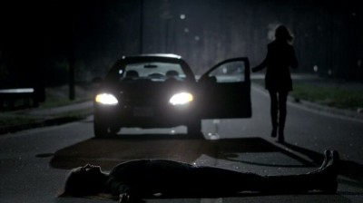 The Vampire Diaries S4x16 - Elena ihunting the most classic way
