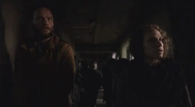 Van Helsing S1x06 Campbell and Quaid search for weapons