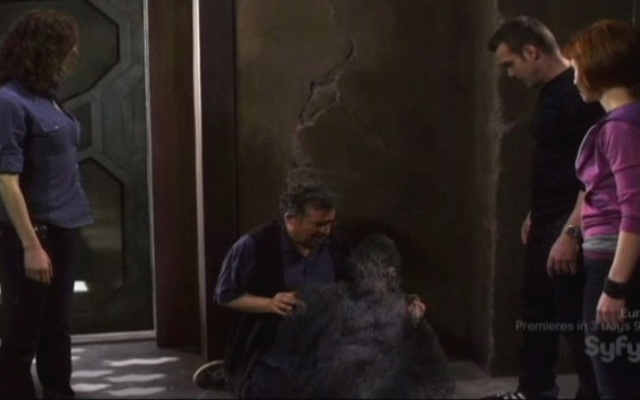 Warehouse 13 S2x01 - Artie and MacPherson dying