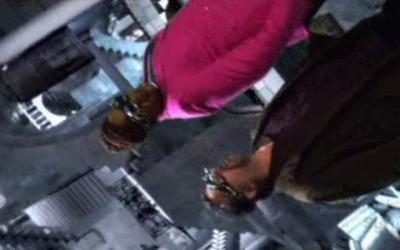 Warehouse 13 S2x01 - Frederick and Artie in the Escher Vault