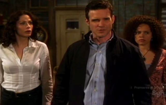 Warehouse 13 S2x01 - Pete Myka and Leena in the office