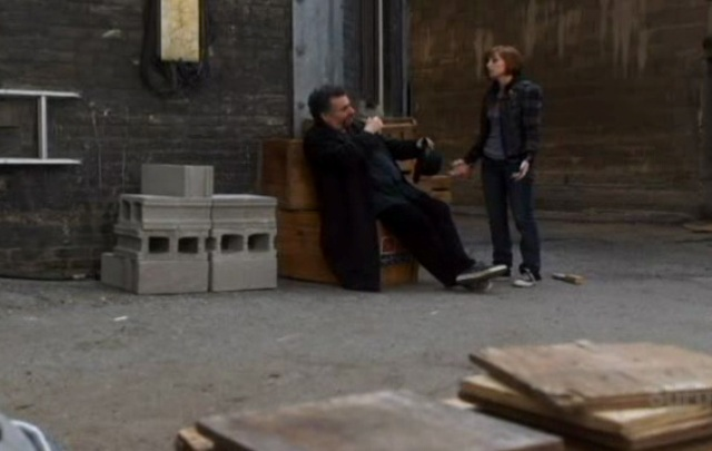 Warehouse13 S2x01 - Claudia and Artie in the alley