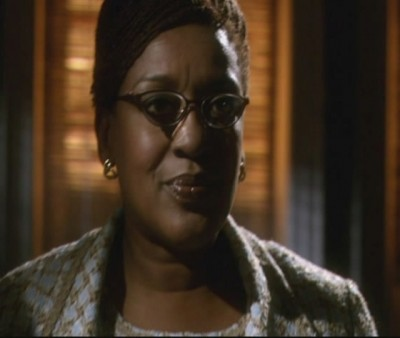 Warehouse 13 S1x01 - CCH Pounder as Mrs Fredericks inside Pete Lattimers apartment