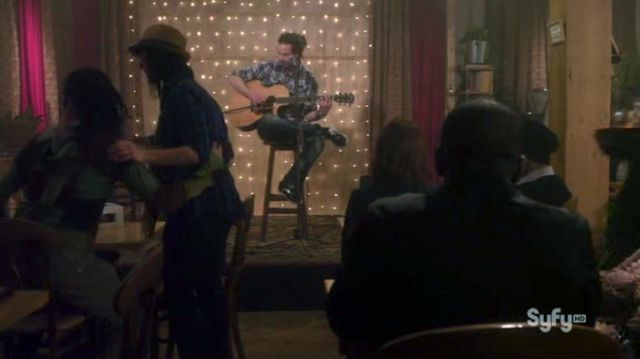 Warehouse 13 S3x06 - In Cafe