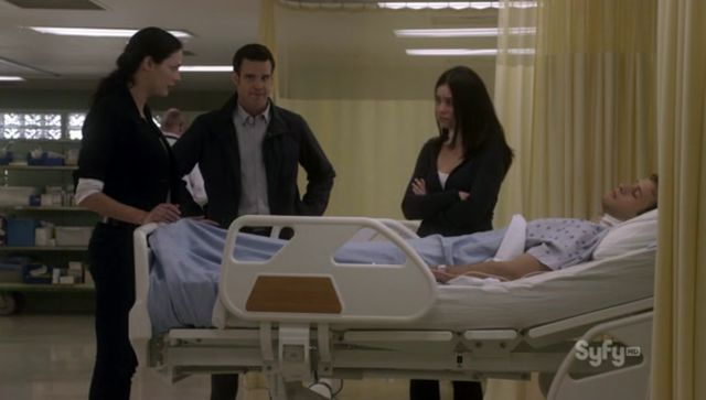 Warehouse 13 S3x10 - Amy and Paul in Hospital