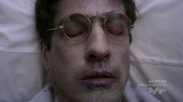 Warehouse 13 S3x10 - Magic glasses help Kevin