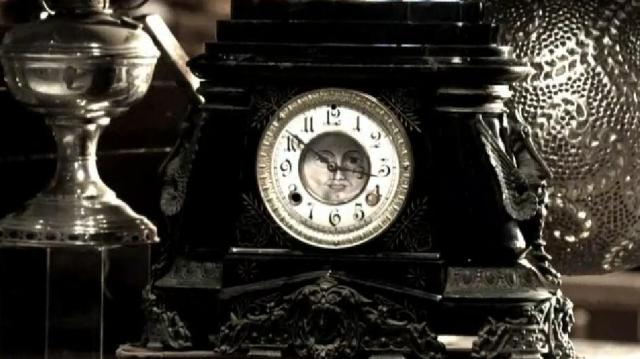 Warehouse13 S4X16 Beethoven's clock