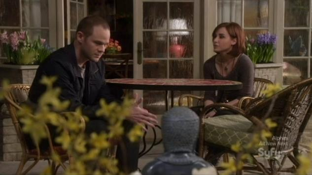 Warehouse 13 S4x02 Claudia and Steve in garden