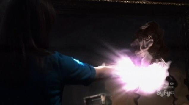 Warehouse 13 S4x06 Freaky girl jump to Kristen